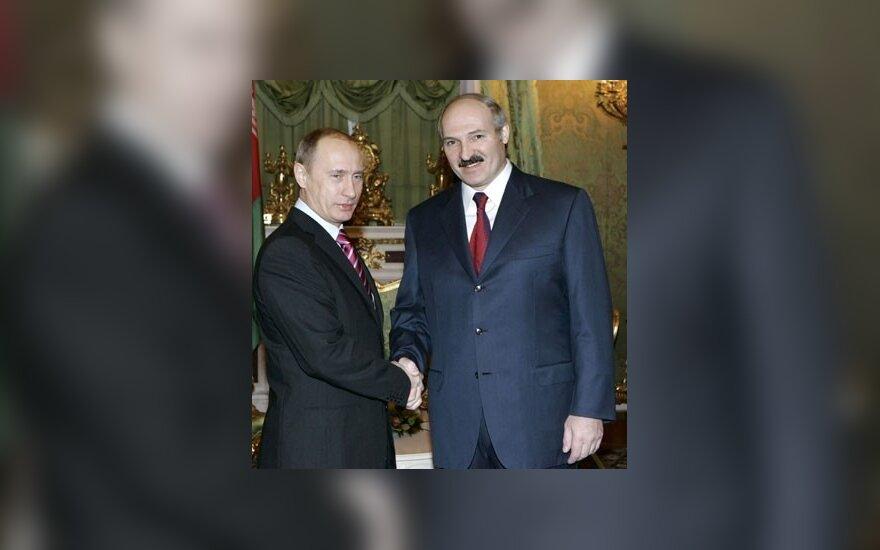 "Путин: Россия готова ""подставить плечо"" Беларуси"