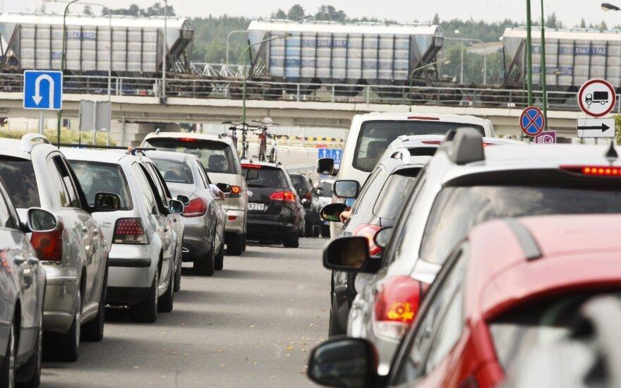 Statystyczny polski kierowca traci w korkach 3,3 tys. zł rocznie