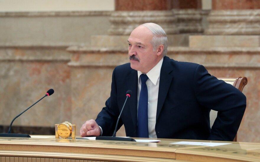 Лукашенко о Белгазпромбанке: когда его сообщников отправили на нары, они все рассказали, золото, картины, все принесли