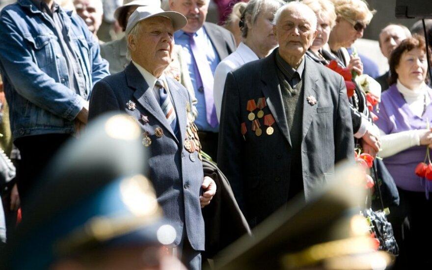 Путин установил пожизненные выплаты ветеранам в Литве
