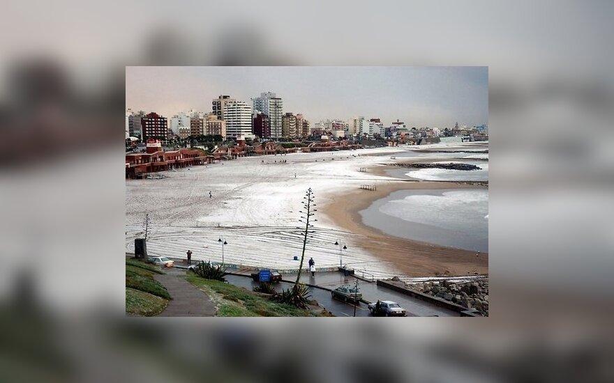Кабина колеса обозрения рухнула с высоты 30 метров в Аргентине