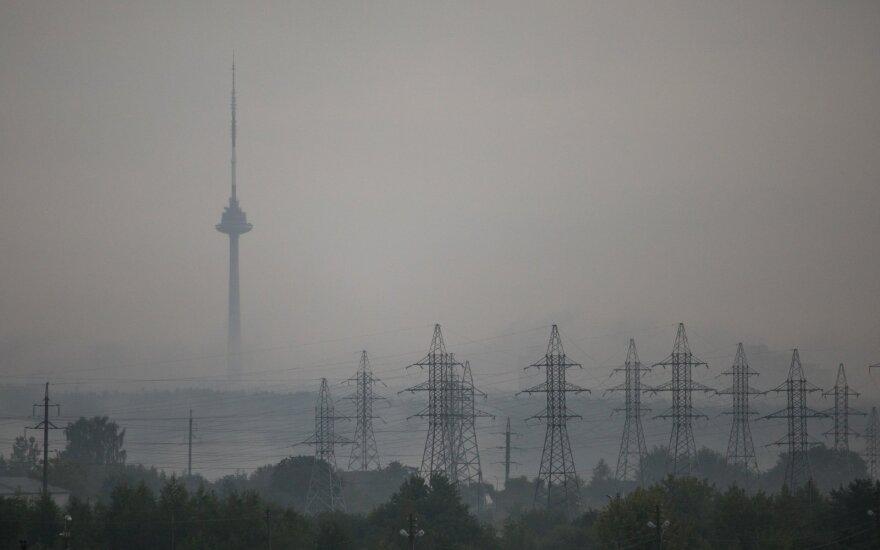 В Литве без электроэнергии остаются еще 27 тысяч жителей