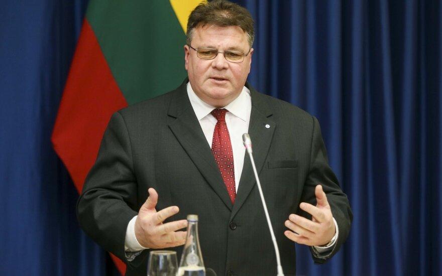 Литва осуждает вынесенный РФ приговор украинскому режиссеру