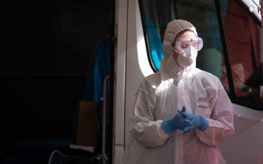 Пять вещей, которые увеличивают шанс заразиться коронавирусом