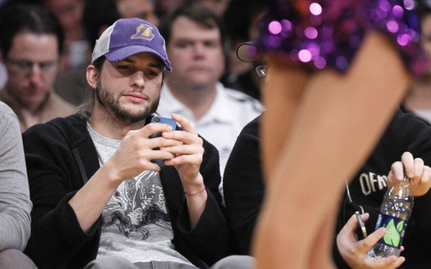 Ashton Kutcher oświadczył się