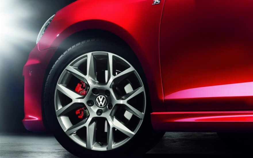 "Европейcким ""Автомобилем года"" признан Volkswagen Golf"