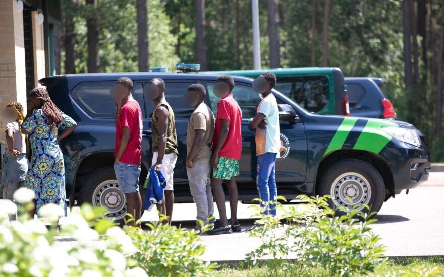 Погранслужбе Литвы разрешили разворачивать нелегальных мигрантов и направлять в Беларусь