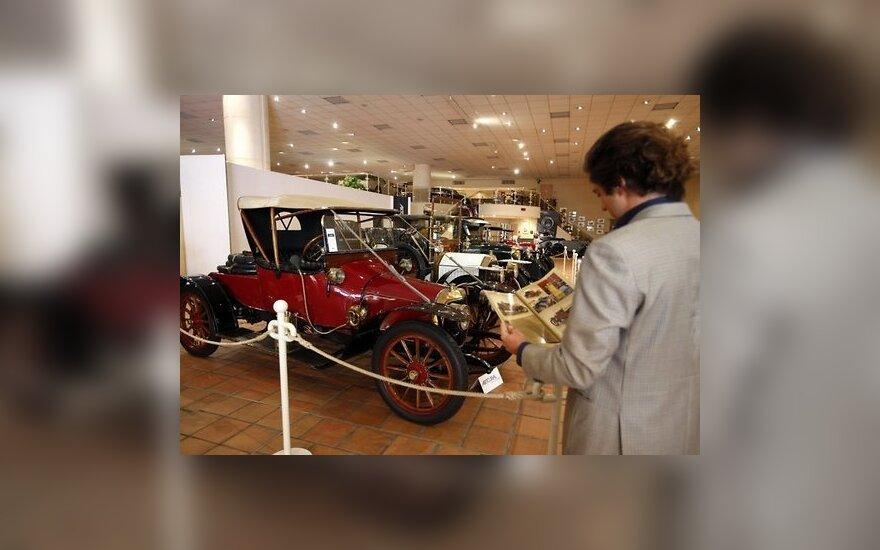 Князь Монако продаст четверть автомобилей из личной коллекции