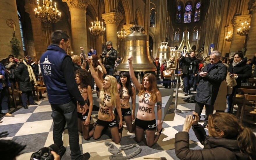 Собор Парижской Богоматери подал в суд на FEMEN