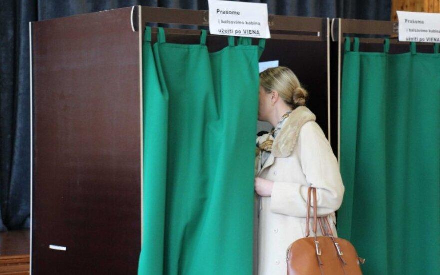 Klaipėdos mero rinkimuose balsuoja A. Bilotaitė