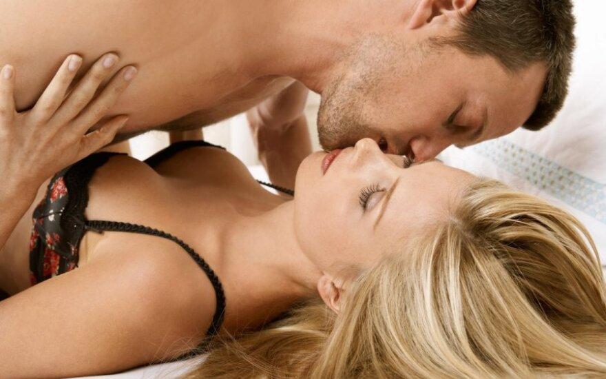 3 нескучных идеи для вечернего секса
