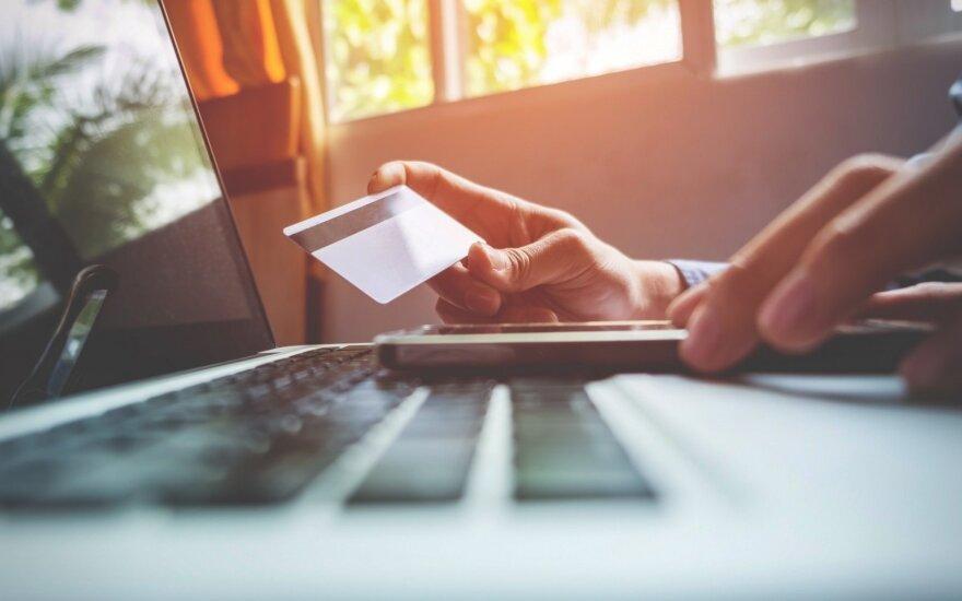 SEB: литовцы чаще покупают через интернет, чем латыши или эстонцы