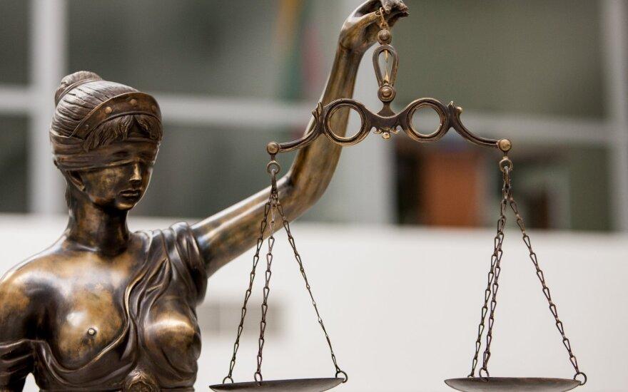 Суд пожалел юношу, избившего 17-летнюю жительницу Юрбаркаса