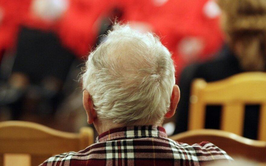 С четверга пенсионерам в Литве начинают выплачивать одноразовое пособие в размере 200 евро