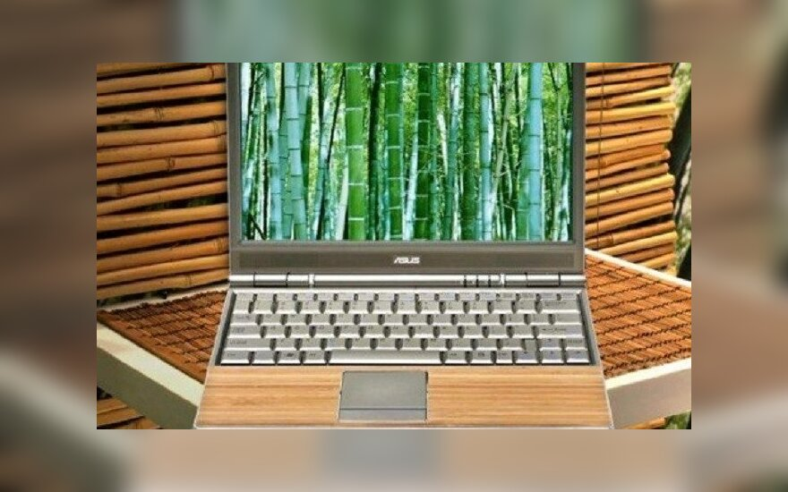 Bambukinis Asus kompiuteris