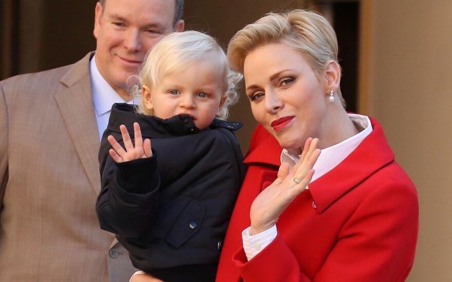 ФОТО: княгиня Шарлен выбрала смелый наряд