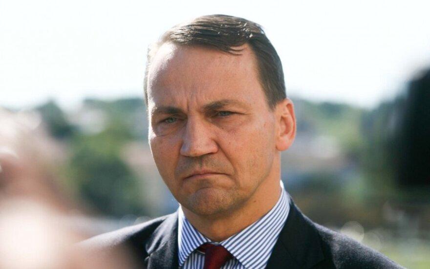 Radosław Sikorski: Działać, a nie gadać