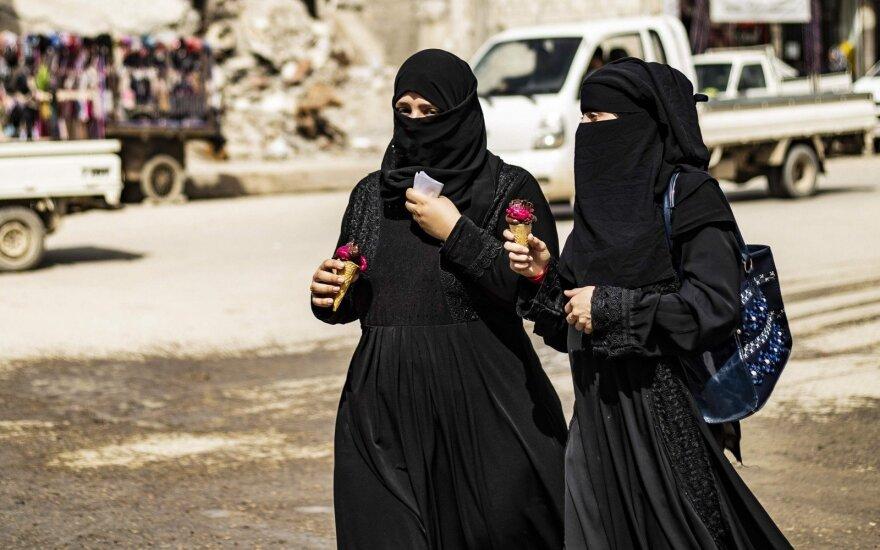 Moterys Sirijoje