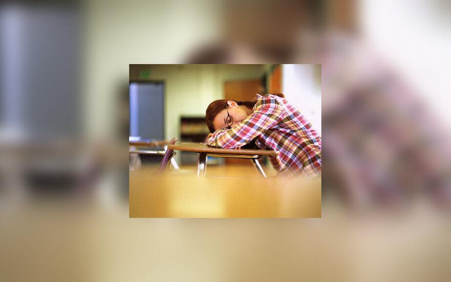 Paauglė, miegas