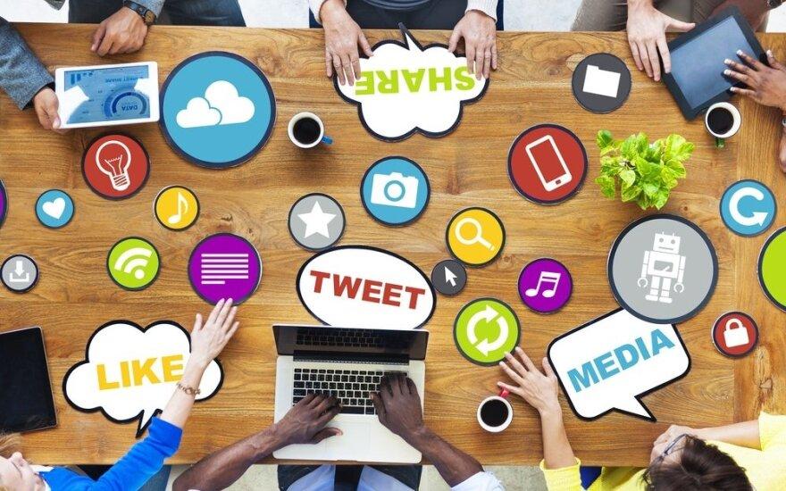 Poszukiwanie pracowników przenosi się do mediów społecznościowych