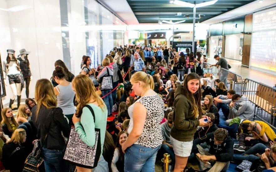 Открытие H&M в Вильнюсе: магазин наводнила молодежь