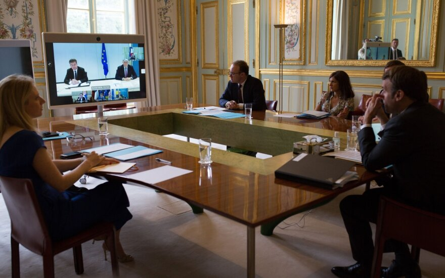 Президент Сербии и премьер Косово подписали соглашение о нормализации экономических отношений