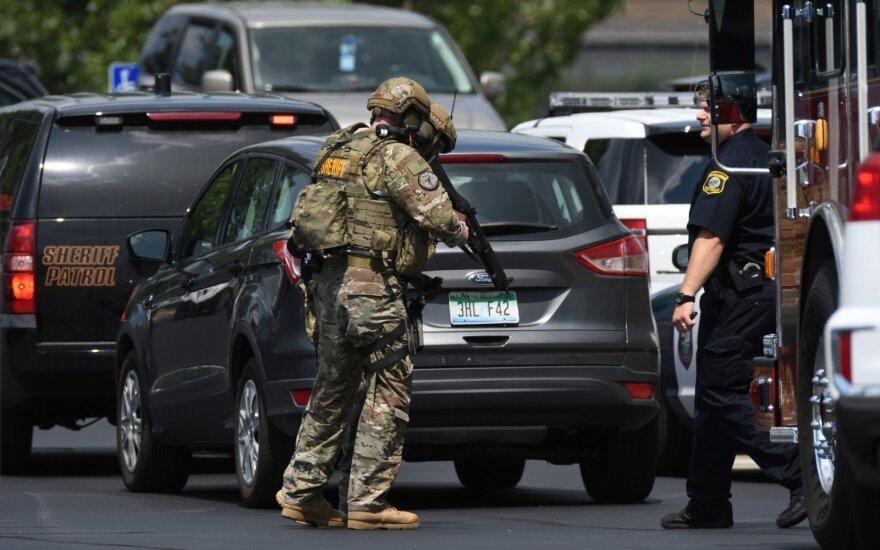 Двое судебных приставов убиты в результате стрельбы в Мичигане