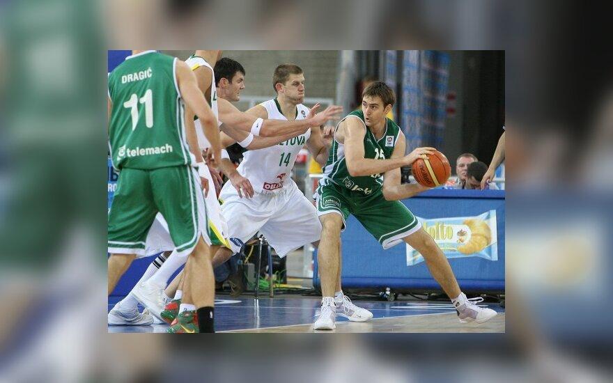Литовские баскетболисты проиграли словенской сборной
