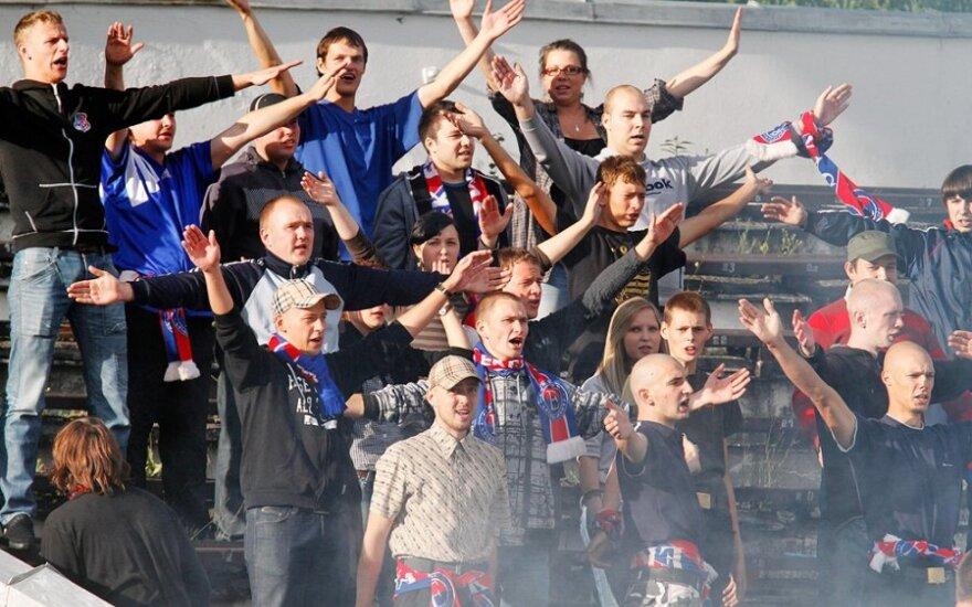 """Болельщики """"Экранаса"""" протестовали против планов мэра Паневежиса"""