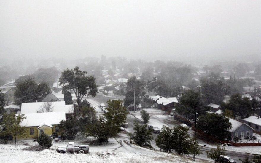 Снежная буря в США унесла жизни уже 16 человек
