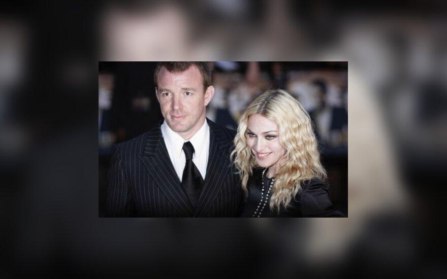 Развод Мадонны: ей — дети, мужу - недвижимость