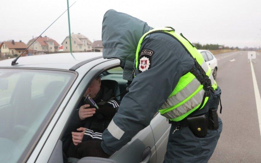 """В Клайпедском районе был задержан """"надувший"""" 4 промилле водитель"""