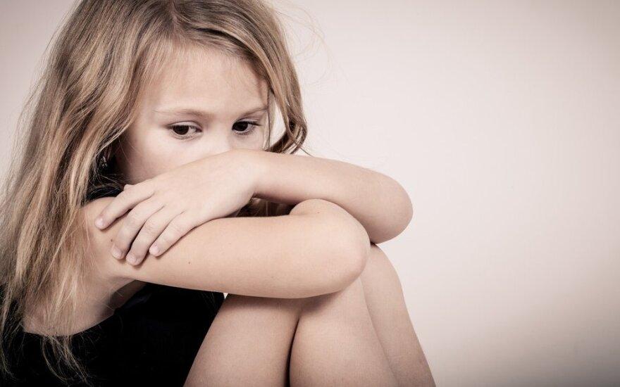 Шяуляйца подозревают в сексуальном насилии над падчерицей