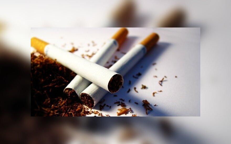 С марта собираются повысить акцизы на сигареты и алкоголь