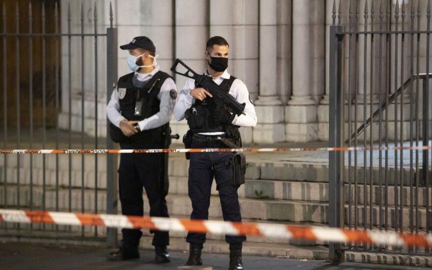 Почему во Франции так много мусульман становятся радикалами