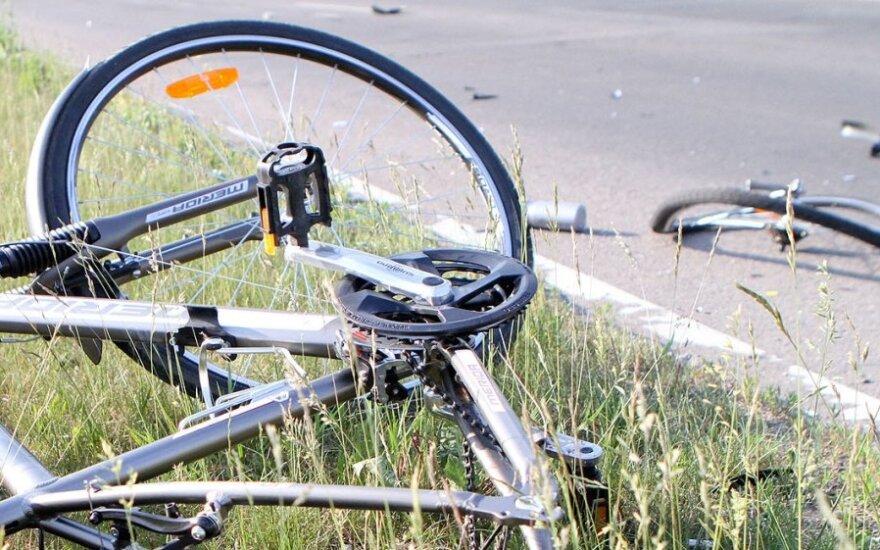 76-летняя женщина сбила велосипедиста – он в реанимации