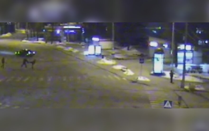 Напавший на мужчину прибежал прямо в руки полиции
