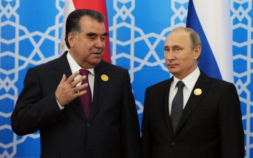 Vladimiras Putinas Tadžikistane susitiko  prezidentu Emomali Rakhmonu