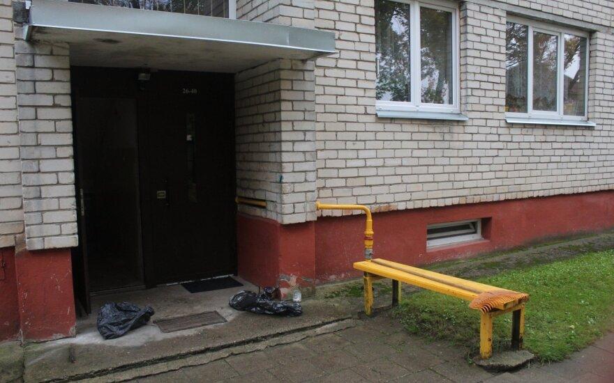 Стало известно больше деталей о женщине, которую насильно удерживали в паневежской квартире