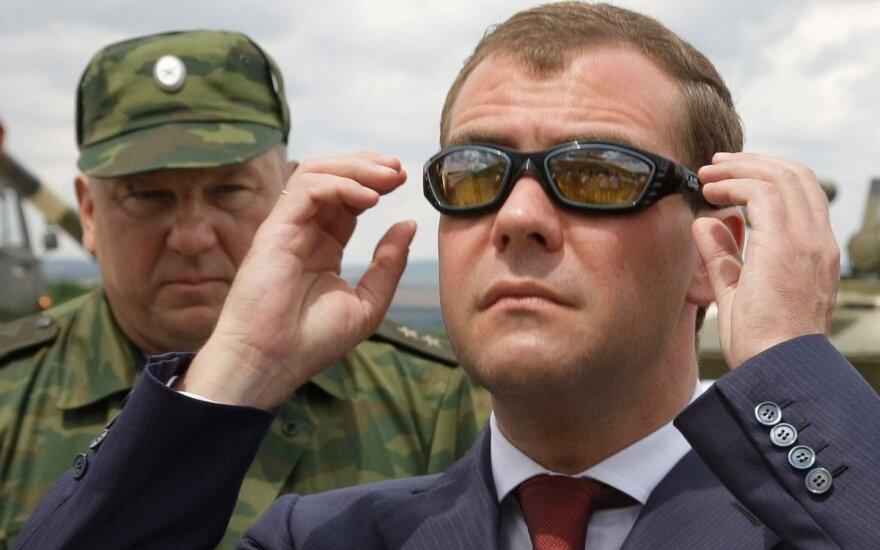 Vladimiras Šamanovas, Dmitrijus Medvedevas
