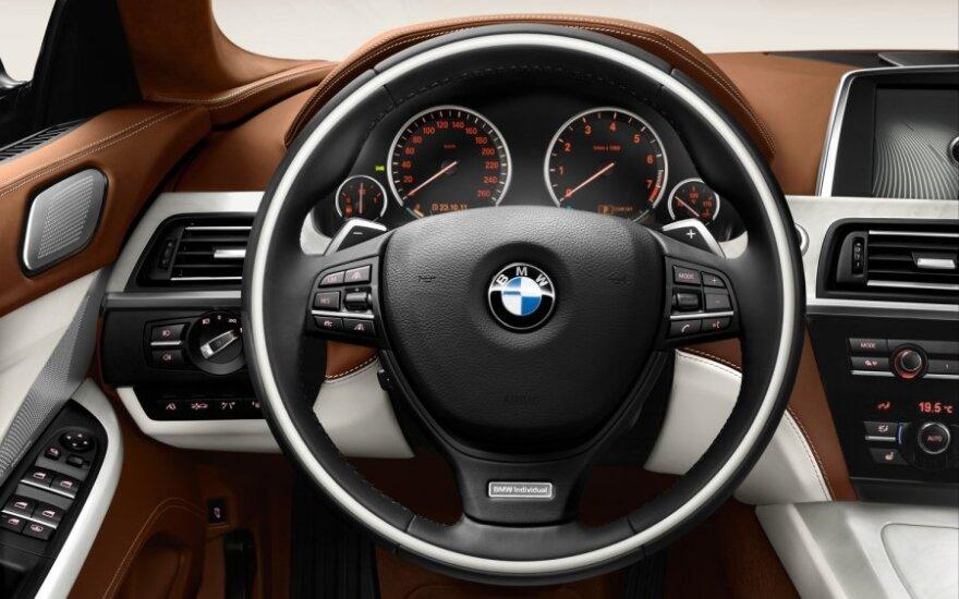 BMW предлагает знакомиться с Мюнхеном за рулем классических моделей