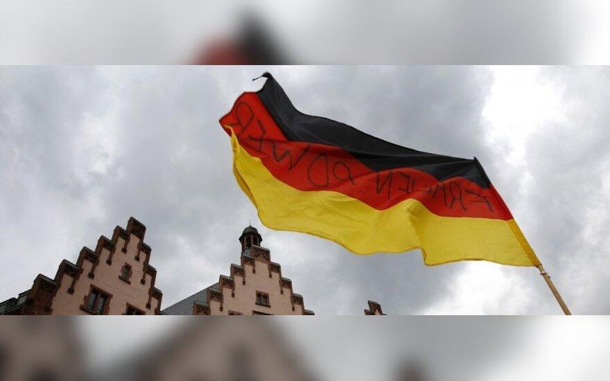 Германия впервые после войны высылает американского дипломата