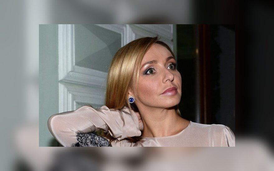 Жена Пескова Навка задолжала налоговой службе США около 10 млн долларов