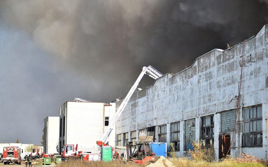 Алитусские пожарные о результатах тестов на наличие тяжелых металлов узнали только из СМИ