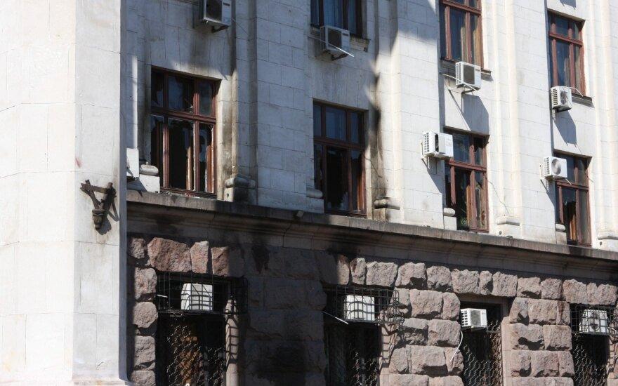 Спустя пять лет: около печально известного Дома профсоюзов в Одессе построили шашлычную