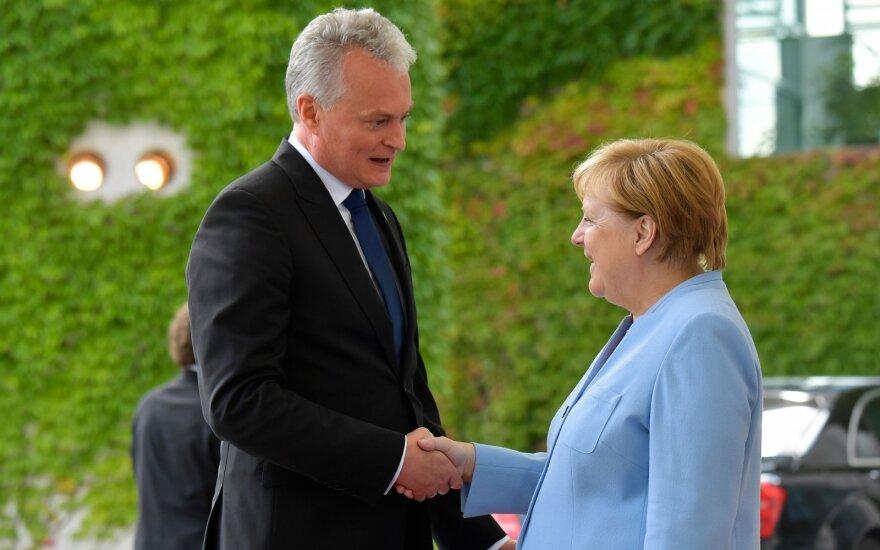 Меркель поблагодарила Литву за оказанную Светлане Тихановской помощь
