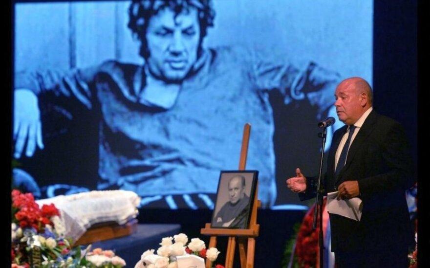 ФОТО: Москва простилась со Львом Дуровым