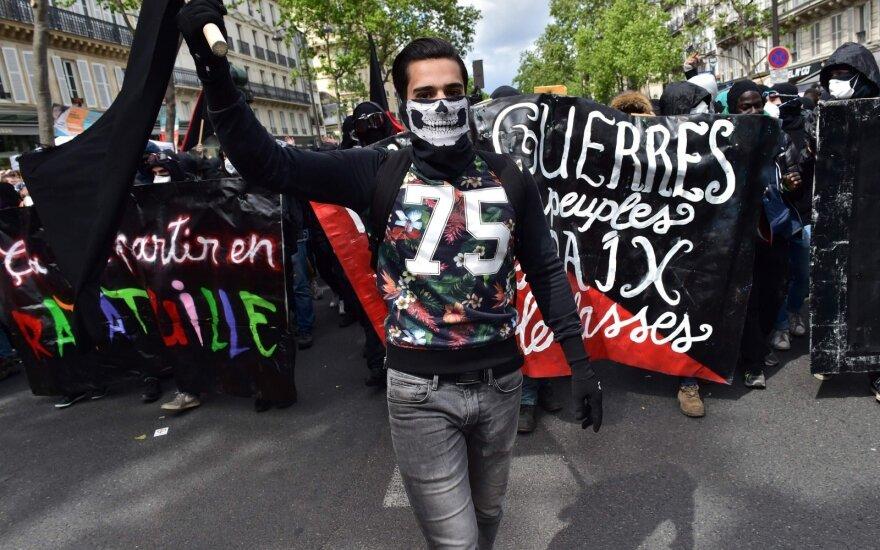 Tarptautinės darbo dienos demonstracija Paryžiuje