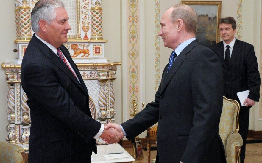 СМИ: Тиллерсон руководил американо-российской оффшорной компанией