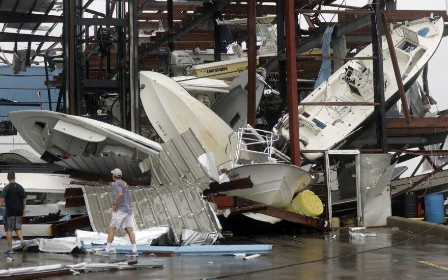 Из-за наводнения в Хьюстоне пострадали 100 000 домов